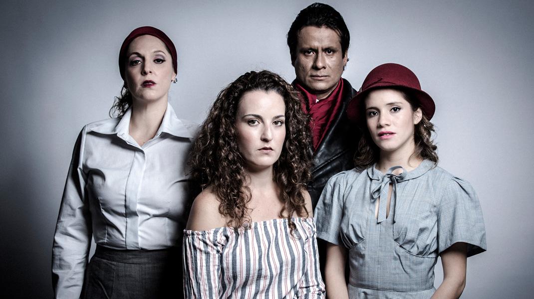 Teatro Peruano:<br />